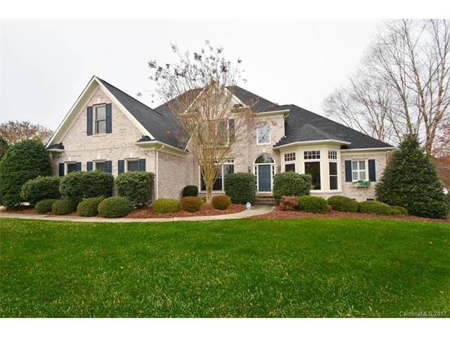 8200 Woodmont Drive, Marvin, NC 28173 (#3343128) :: Berry Group Realty