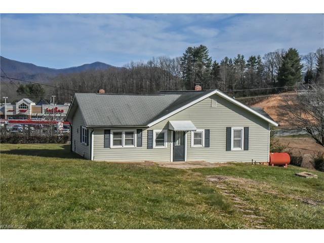 100 Pigeon Ford Road, Canton, NC 28716 (#3343379) :: The Sarver Group