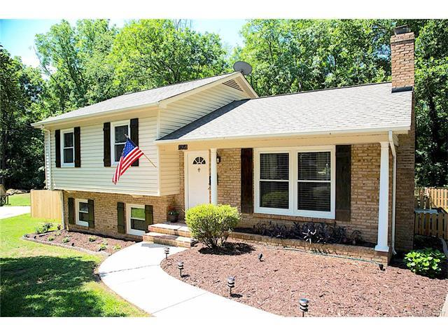 2054 Edgewater Drive, Charlotte, NC 28210 (#3343617) :: High Performance Real Estate Advisors