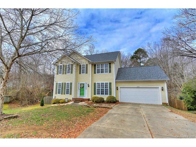 12105 Meadow Post Lane, Charlotte, NC 28269 (#3343690) :: Puma & Associates Realty Inc.
