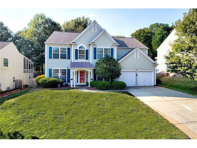 15624 Gathering Oaks Drive, Huntersville, NC 28078 (#3343919) :: The Sarver Group