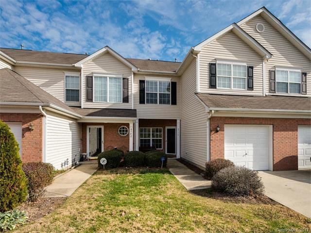 8738 Appledale Drive #8738, Charlotte, NC 28262 (#3344126) :: Carrington Real Estate Services