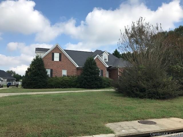 748 Creekbridge Drive, Rock Hill, SC 29732 (#3344254) :: SearchCharlotte.com