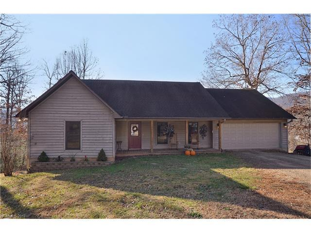 135 Acadia Place #4, Waynesville, NC 28786 (#3344394) :: Stephen Cooley Real Estate Group