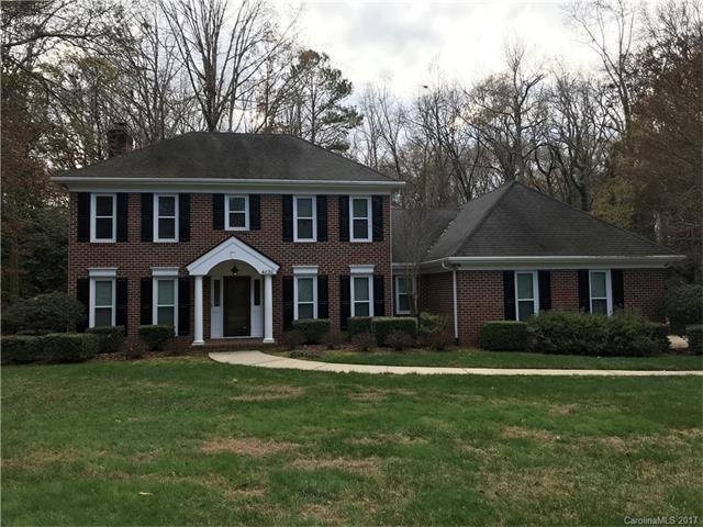 4830 Broad Hollow Drive, Charlotte, NC 28226 (#3345648) :: The Ramsey Group