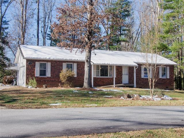 116 Tawn Drive, East Flat Rock, NC 28726 (#3345662) :: LePage Johnson Realty Group, LLC