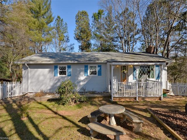 290 Candlelight Circle, Clyde, NC 28721 (#3345900) :: Cloninger Properties