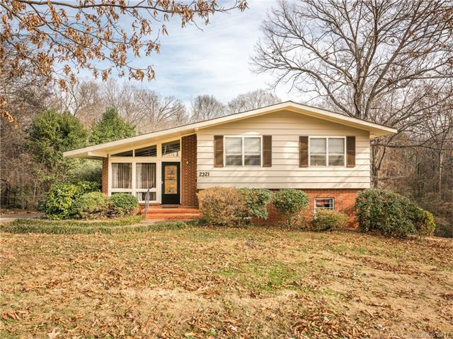 2321 Wensley Drive, Charlotte, NC 28210 (#3345940) :: The Andy Bovender Team