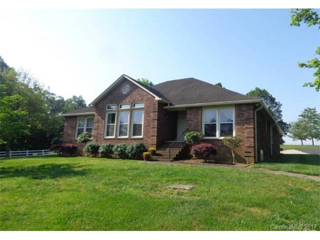 8301 Mooresville Road, Concord, NC 28027 (#3346105) :: The Andy Bovender Team