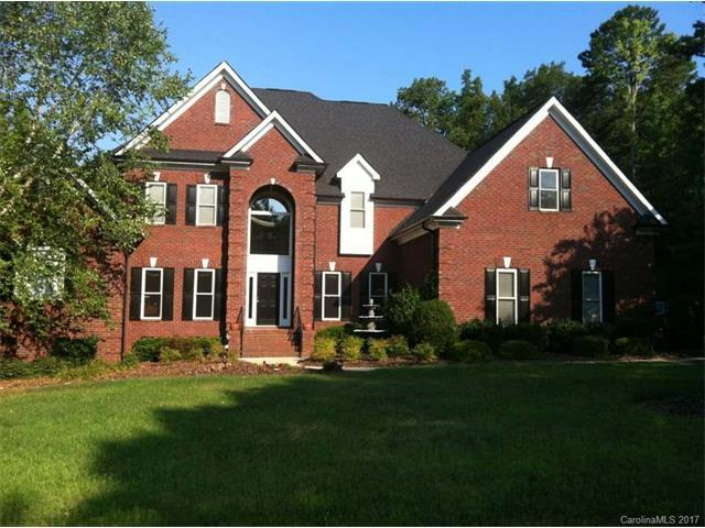 10316 Hanging Moss Trail, Mint Hill, NC 28227 (#3346138) :: The Andy Bovender Team