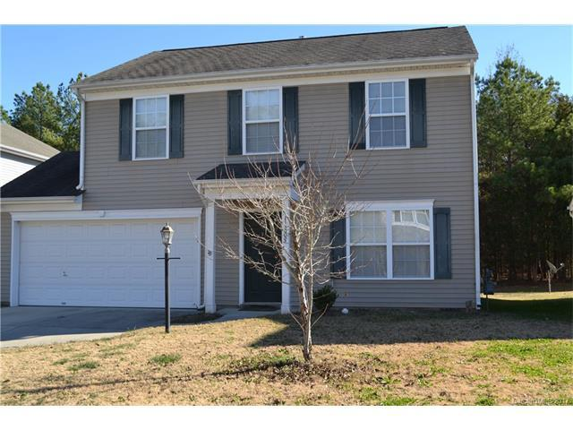 11805 Village Pond Drive, Charlotte, NC 28278 (#3346140) :: The Andy Bovender Team