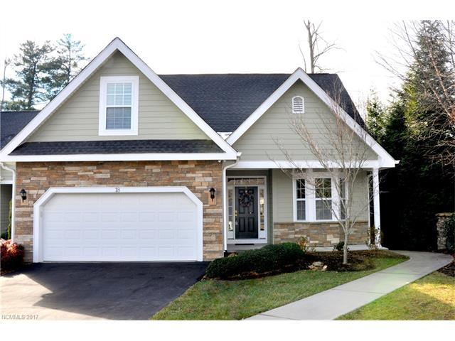 18 Chatham Path #8, Hendersonville, NC 28791 (#3346222) :: Miller Realty Group