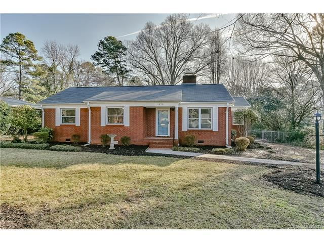 1658 Medford Drive, Charlotte, NC 28205 (#3347128) :: Stephen Cooley Real Estate Group