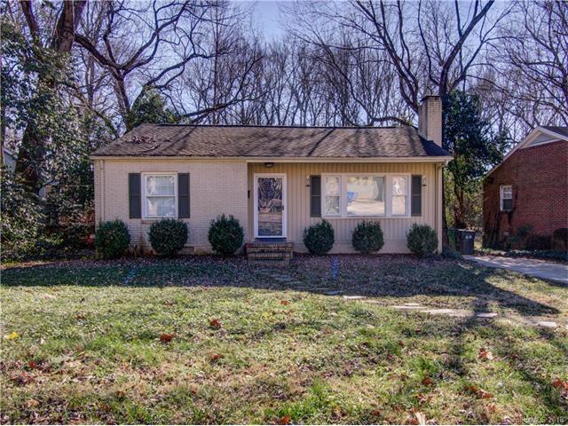 2932 Hanson Drive, Charlotte, NC 28207 (#3348254) :: Homes Charlotte