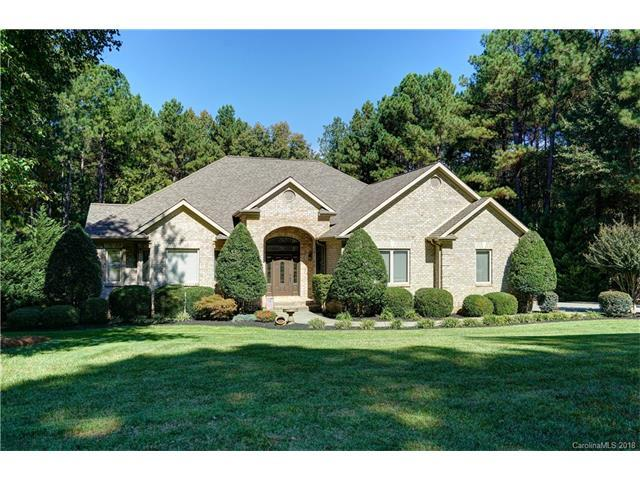 334 Bay Harbour Road, Mooresville, NC 28117 (#3348426) :: LePage Johnson Realty Group, Inc.
