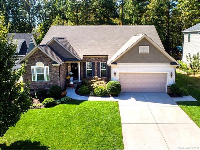 535 Spruce Hollow Lane, Lake Wylie, SC 29710 (#3349388) :: Burton Real Estate Group