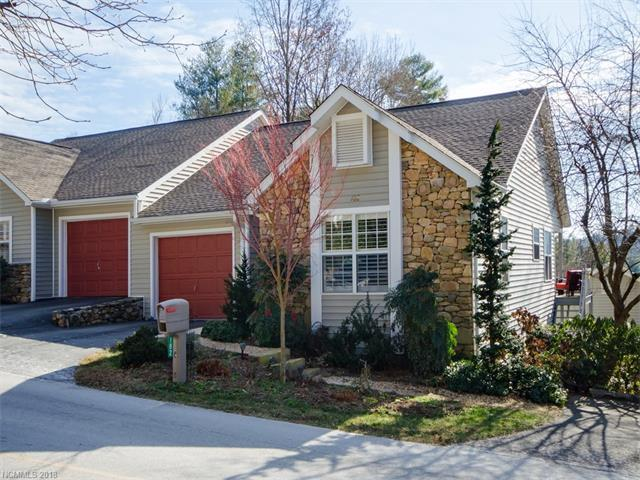 182 Laurel Park Place, Hendersonville, NC 28791 (#3349804) :: Miller Realty Group