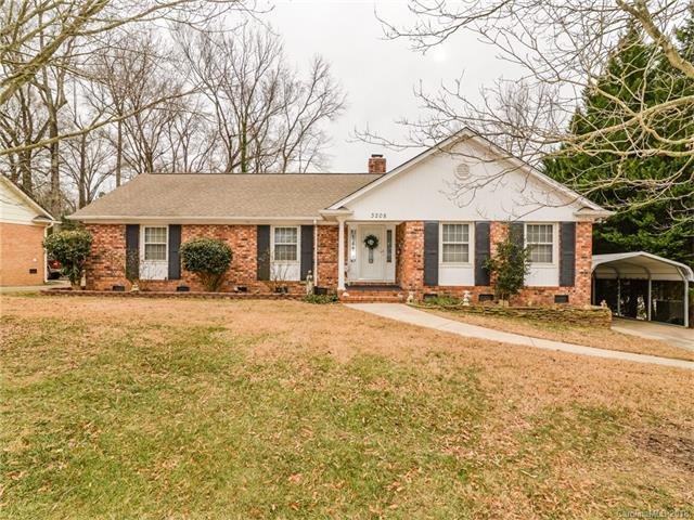 3208 Archdale Drive, Charlotte, NC 28210 (#3349862) :: Charlotte Home Experts