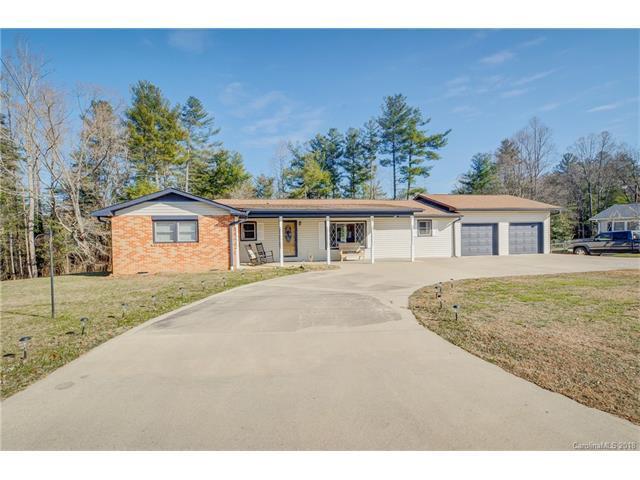 98 N Pinecrest Lane, Hendersonville, NC 28739 (#3350383) :: Exit Realty Vistas