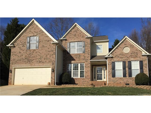 8401 Bridgestone Drive, Huntersville, NC 28078 (#3350934) :: Zanthia Hastings Team