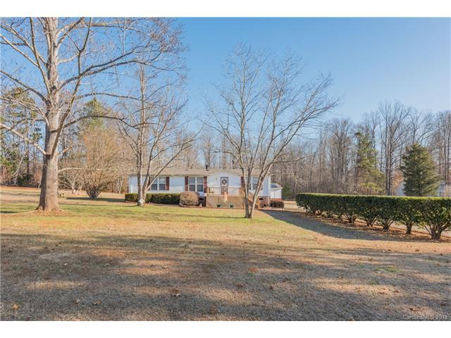 630 Lakedale Drive, Clover, SC 29710 (#3351117) :: Burton Real Estate Group