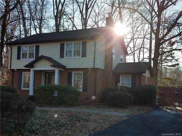 6536 Idlebrook Drive, Charlotte, NC 28212 (#3351376) :: Exit Mountain Realty
