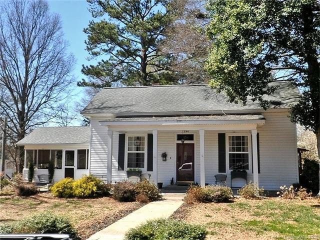 244 South Street, Davidson, NC 28036 (#3351422) :: LePage Johnson Realty Group, Inc.