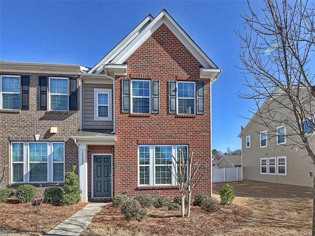 18426 W Catawba Avenue, Cornelius, NC 28031 (#3351582) :: The Temple Team