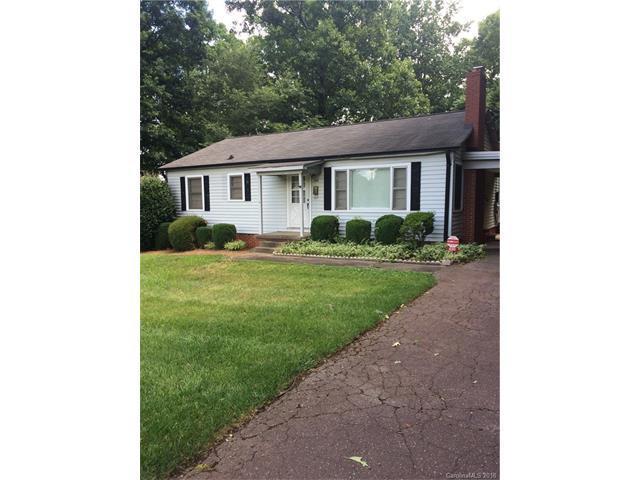 690 Brookdale Drive, Statesville, NC 28677 (#3351663) :: TeamHeidi®