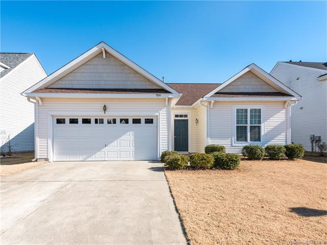 9814 Forest Run Lane, Charlotte, NC 28277 (#3351717) :: Scarlett Real Estate