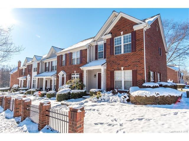 17747 Delmas Drive, Cornelius, NC 28031 (#3351788) :: Mossy Oak Properties Land and Luxury