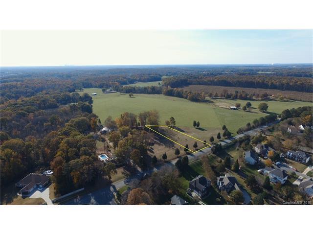 6050 Stephens Road #2, Huntersville, NC 28078 (#3351792) :: Puma & Associates Realty Inc.