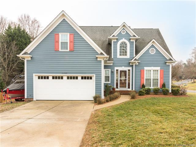 9200 Old Barnette Place, Huntersville, NC 28078 (#3351828) :: The Ramsey Group