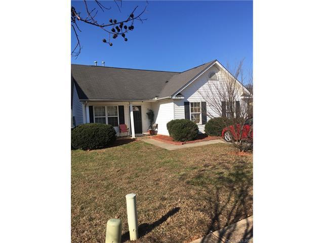 1517 Crandon Drive, Charlotte, NC 28216 (#3351876) :: Puma & Associates Realty Inc.