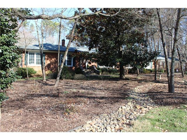 469 Lowrance Avenue 1 & 2, Mooresville, NC 28115 (#3352007) :: Mossy Oak Properties Land and Luxury