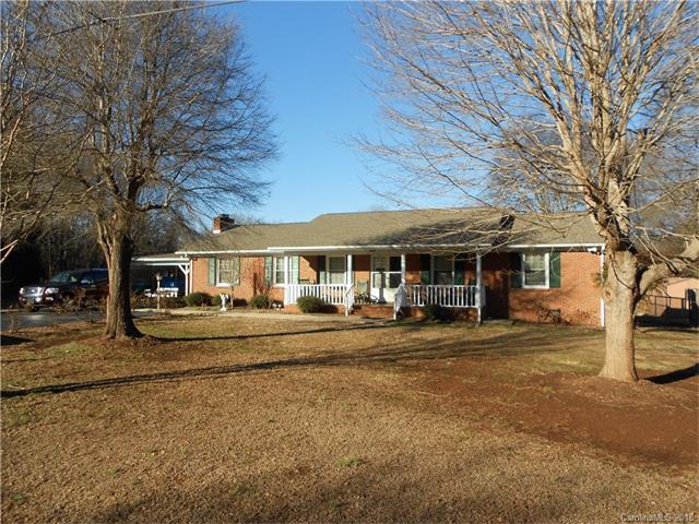 3924 Harrisburg Drive, Harrisburg, NC 28075 (#3352078) :: Odell Realty Group