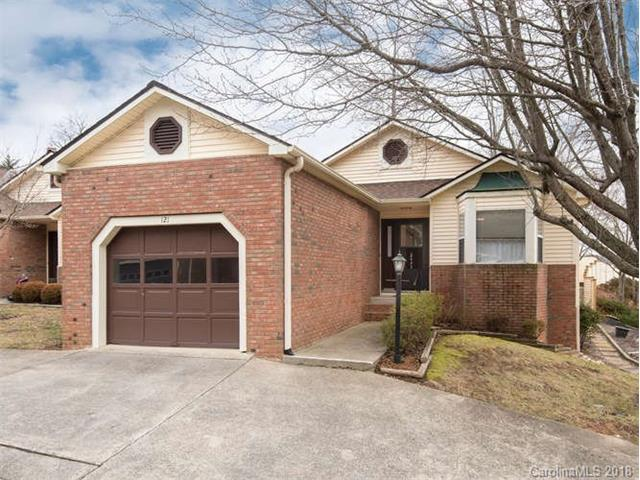 121 Exeter Court #5, Hendersonville, NC 28791 (#3352264) :: Rowena Patton's All-Star Powerhouse @ Keller Williams Professionals