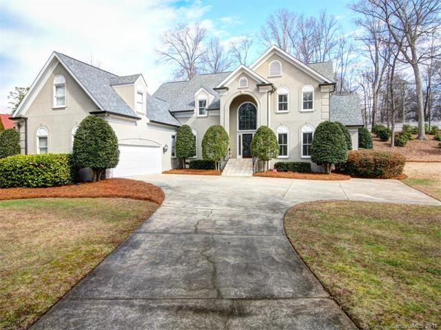 9549 Greyson Heights Drive, Charlotte, NC 28277 (#3352322) :: The Ramsey Group
