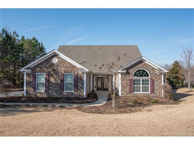 11727 Dunham Drive, Matthews, NC 28105 (#3352473) :: The Ramsey Group