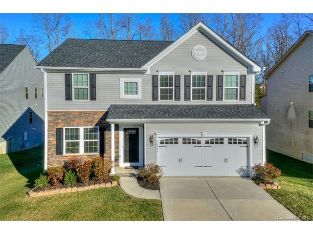 16824 Silversword Drive, Charlotte, NC 28213 (#3352652) :: Caulder Realty and Land Co.