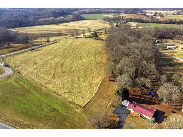 3709 Wilkesboro Highway, Statesville, NC 28625 (#3352811) :: Mossy Oak Properties Land and Luxury