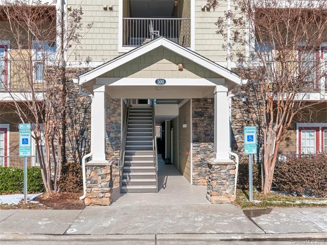 500 Vista Lake Drive #305, Candler, NC 28715 (#3352989) :: The Temple Team