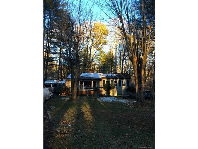 121 Walnut Street, Arden, NC 28704 (#3353089) :: Exit Mountain Realty