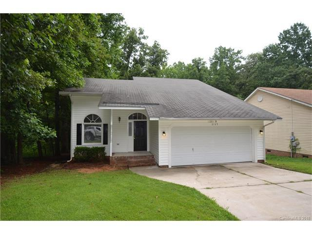 3723 Oakwood Road, Charlotte, NC 28269 (#3353290) :: Washburn Real Estate