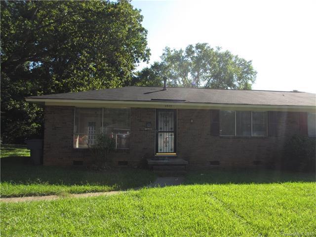 4901 Malibu Drive, Charlotte, NC 28215 (#3353412) :: Homes Charlotte