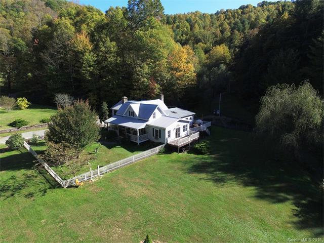 500 Mountain View Road, Hot Springs, NC 28743 (#3353418) :: Keller Williams South Park