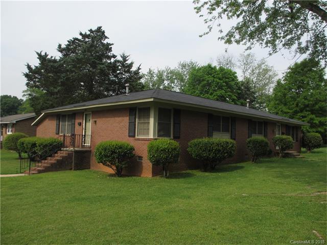 5000 Highlake Drive, Charlotte, NC 28215 (#3353492) :: Homes Charlotte