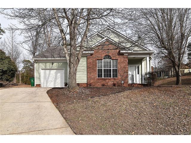3228 Ashwell Oaks Lane #26, Matthews, NC 28105 (#3353591) :: Stephen Cooley Real Estate Group