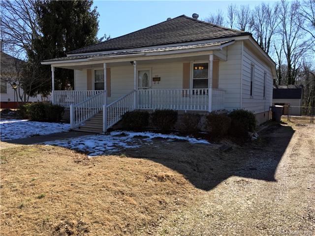 115 Oak Street, Clover, SC 29710 (#3353627) :: Stephen Cooley Real Estate Group