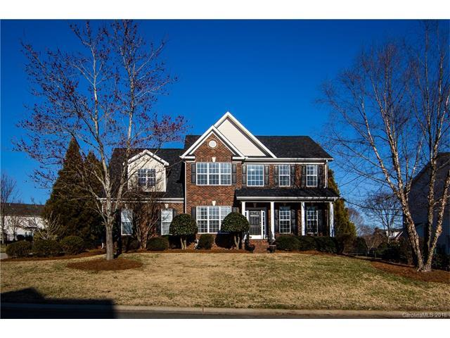 7021 Kidwelly Lane, Matthews, NC 28104 (#3353735) :: Exit Mountain Realty